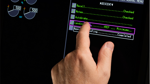 Rockwell Collins touchscreens on Boeing 777x