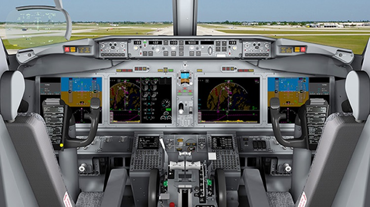737 MAX Flight Deck