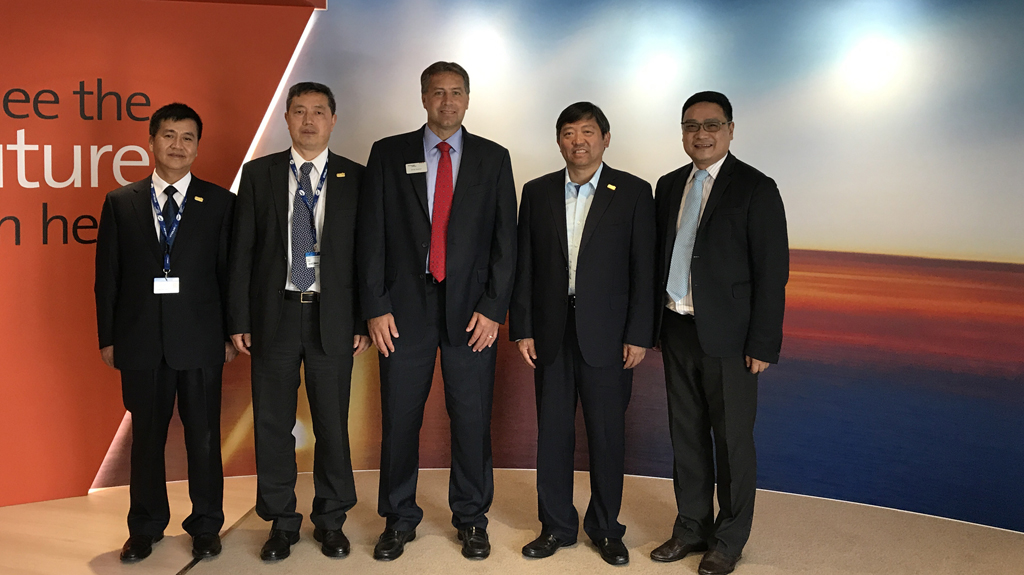 CETCA Executives and Rockwell Collins Executives at Paris Air Show