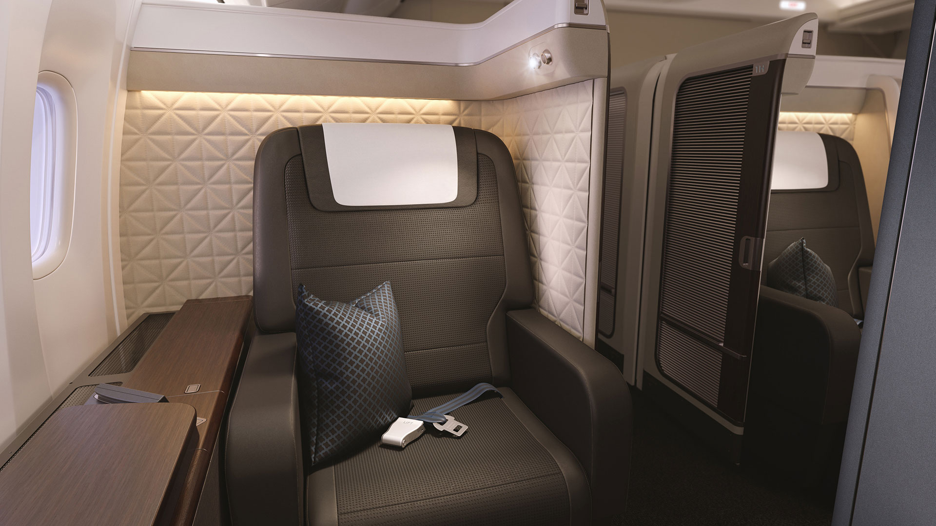 innovative cabin interior design | Oasis® First Class Suites